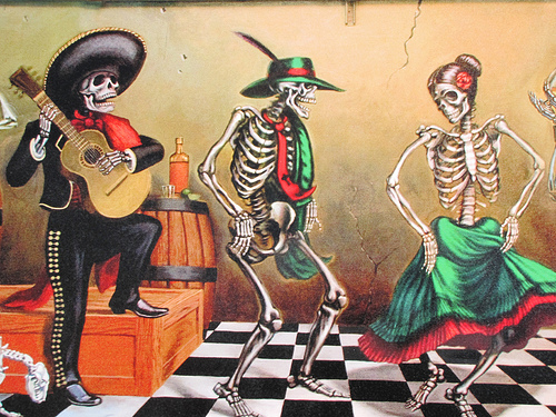 dancing-skeleton